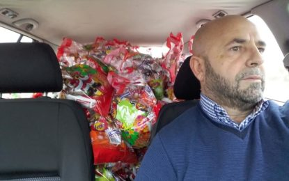 """Drejtori i kompanisë mediale""""Spektri"""",  Nexhat Behluli gëzon fëmijët për vitin e ri"""
