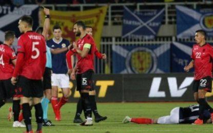 Goditja me kokë, UEFA dënon rëndë kapitenin Mavraj