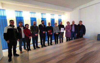 Këshilli Kombëtar Shqiptar ndanë mirënjohje për kontribuesit e referendumit të 1 dhe 2 Marsit