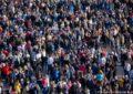 Bota ka 7.7 miliardë njerëz, nga 1950 popullsia është trefishuar