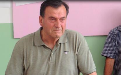 Tërnoc: Mes emocionesh dhe lotëve përcillet për në pension profesor Sali Salihu(video)